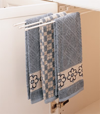 Rev-A-Shelf 563 Series Pull-out Towel Bar